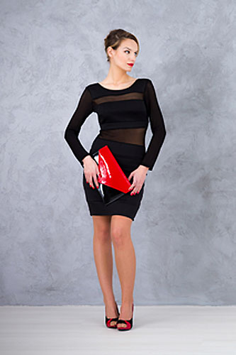 Jakie Dodatki Wybrac Do Malej Czarnej Sukienki